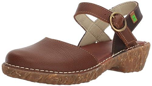 Womens N178 Soft Grain Yggdrasil Closed-Toe Heeled Shoes, Red El Naturalista