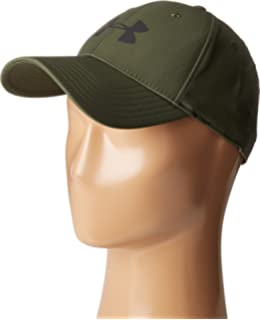 e9124ae0b9b Amazon.com  Under Armour Hockey Stretch Fitted Hat  MENS   Sports ...