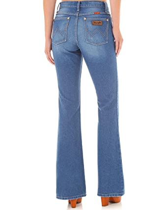 621df35a Wrangler Women's High-Waisted Flare Jeans Indigo 7W x 30L at Amazon Women's  Jeans store