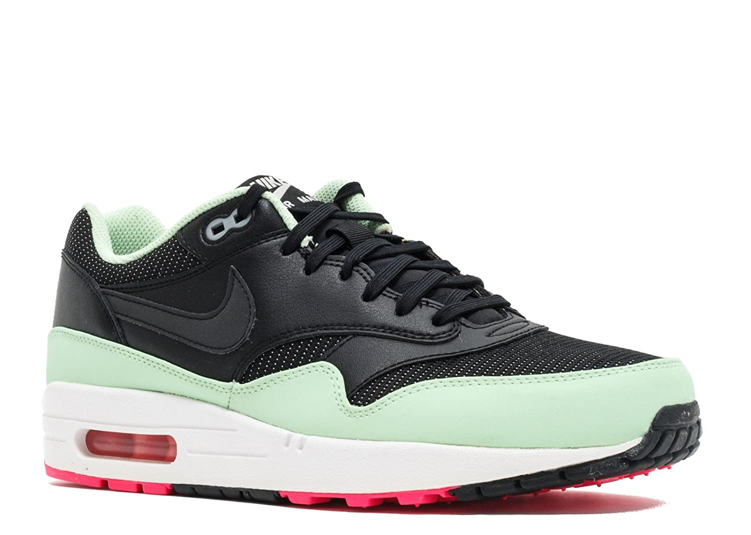 newest a9ace 73265 Amazon.com   Nike Air Max 1 FB   Fashion Sneakers