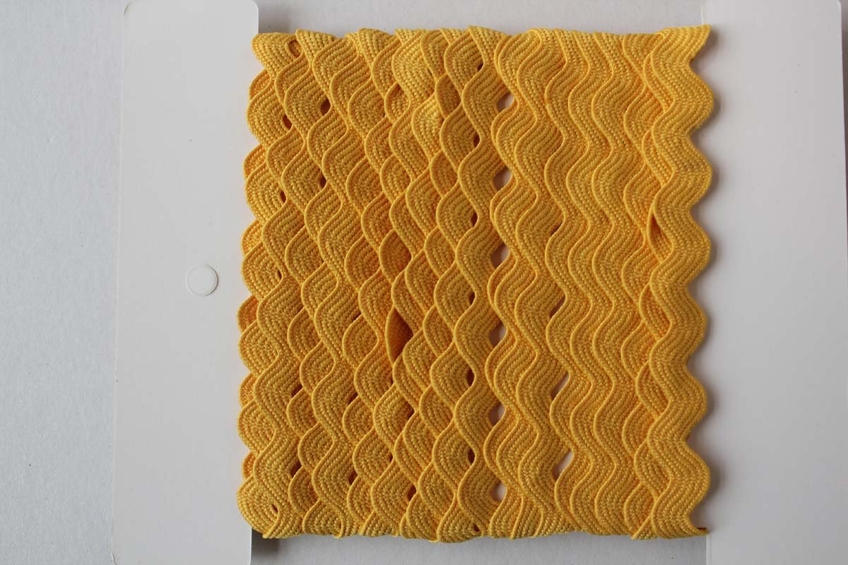 Rick Rack Trim 12mm Width Gold Yellow, 5M per Cards Ltd.