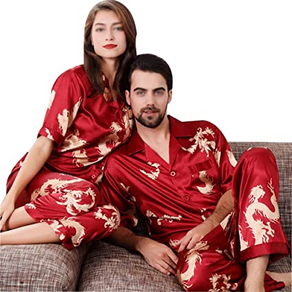 3a1b9f2072 Amazon.com: GJFeng Spring and Autumn Couples High Imitation Silk Thin Pajamas  Set Chinese Style Short Sleeve Sleeve Home Wear (Color : Red, Size : Ms.  XL): ...