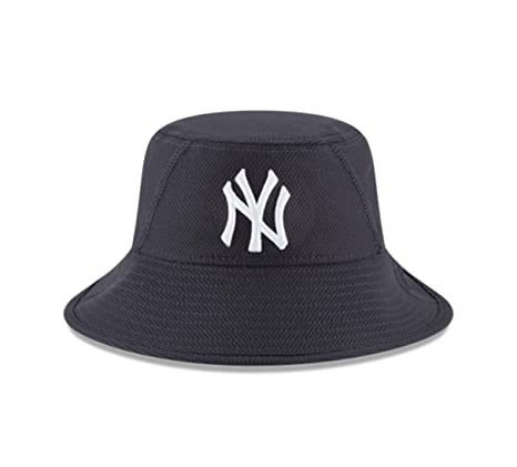 timeless design c43c8 83670 MLB New York Yankees 2016 Clubhouse Bucket Stretch Fit Cap, One Size, Navy