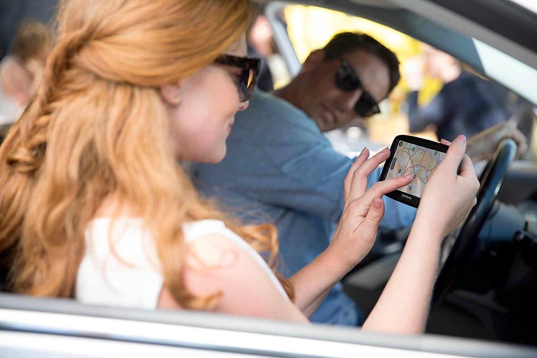 versi/ón importada Alemania, Austria, Suiza, Republica Checa, Eslovaquia 4.3 pantalla t/áctil, flash, bater/ía, encendedor de cigarrillos, MicroSD//TransFlash Navegador GPS , TomTom Start 42