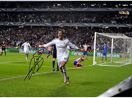 e5ca6dadf Image Unavailable. Image not available for. Color  Gareth Bale Signed Real  Madrid ...