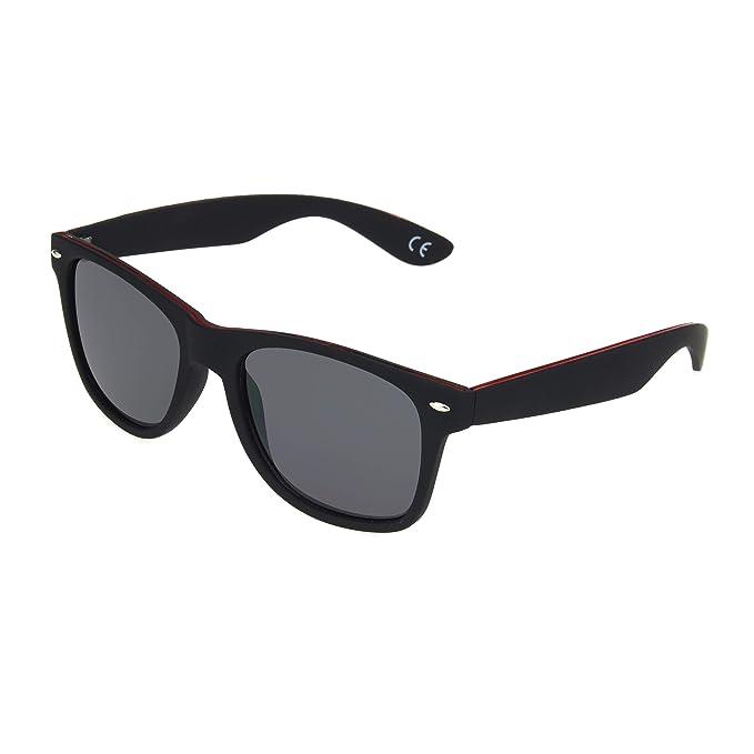 1c50d95070 Amazon.com  Foster Grant Men s Mystery Man Sunglasses
