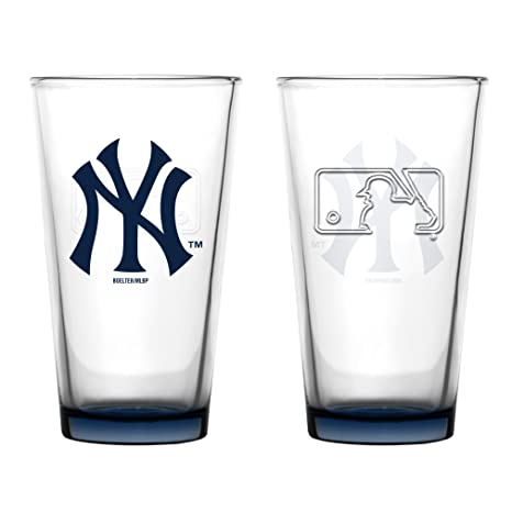 98a460c532fe Amazon.com | New York Yankees Embossed Pint Glass 16 oz. (2 pack ...