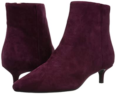 2c82e8aef7c0 Amazon.com  Taryn Rose Women s Nora Ankle Boot  Shoes