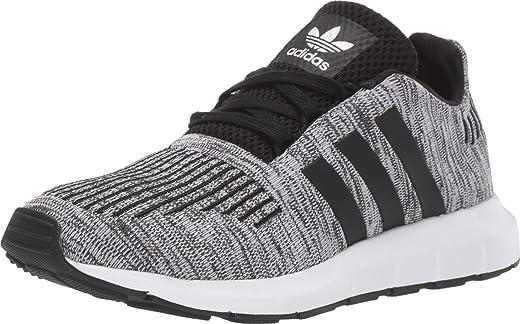 حذاء رياضي للجري سويفت من أديداس أوريجينالز، أبيض/أسود/أسود، مقاس 6 أمريكي للأطفال الكبار