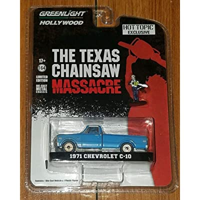 The Texas Chainsaw Massacre Green Light Hollywood 1971 Chevrolet C-10 Exclusive Figure Included Rare DIECAST: Toys & Games