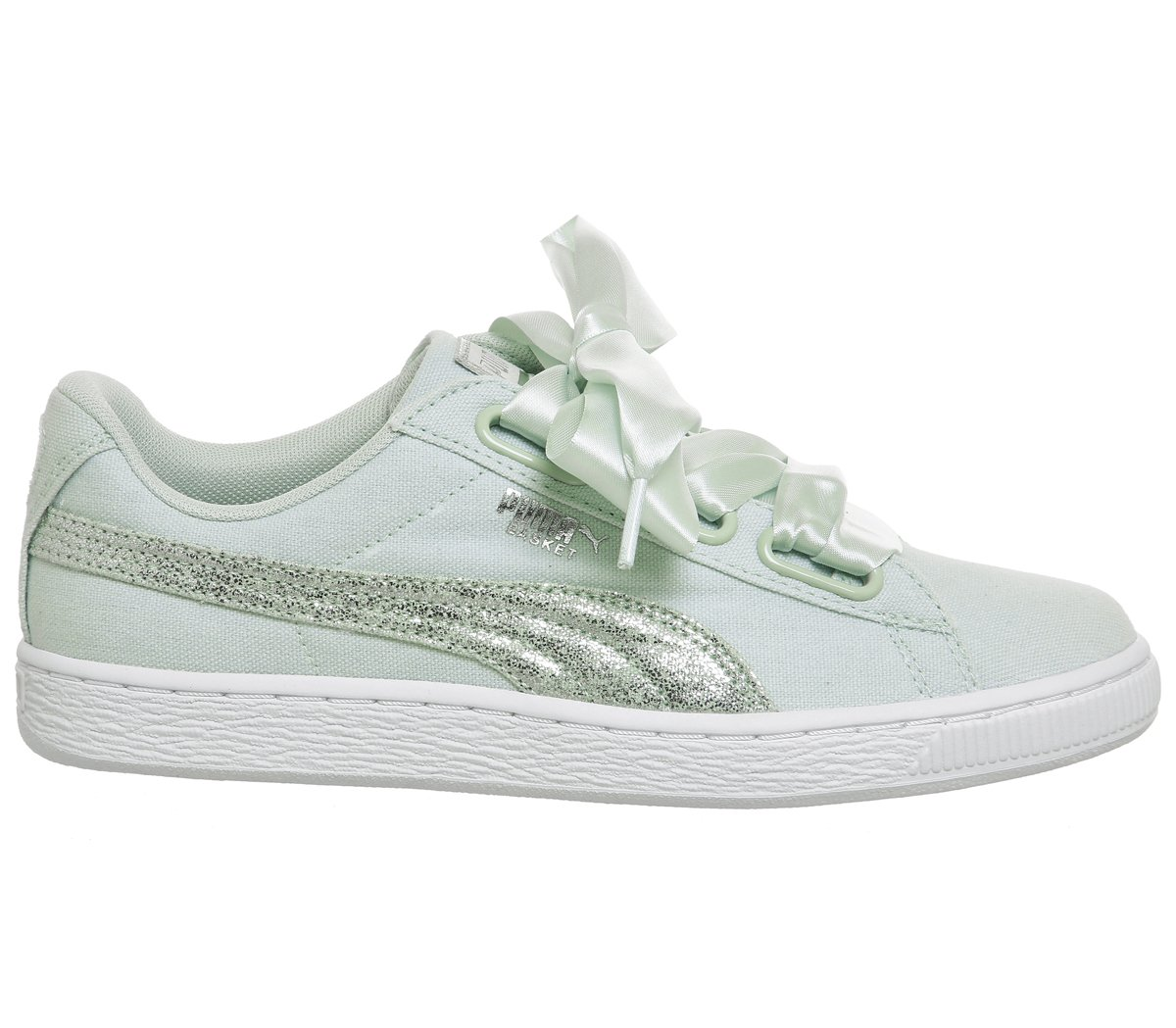 best sneakers b54cc cfff7 PUMA Women's Basket Heart Canvas WNS, Blue Flower-White ...