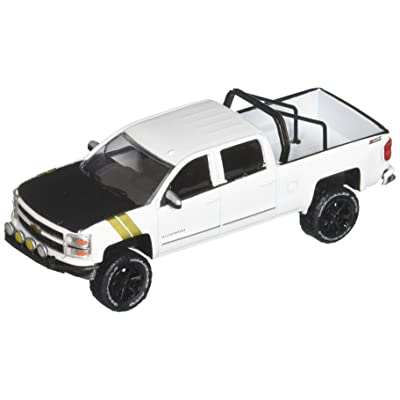 New 1:64 Greenlight All-Terrain Series 5 Collection - White 2015 Chevrolet Silverado Diecast Model Car by Greenlight: Toys & Games