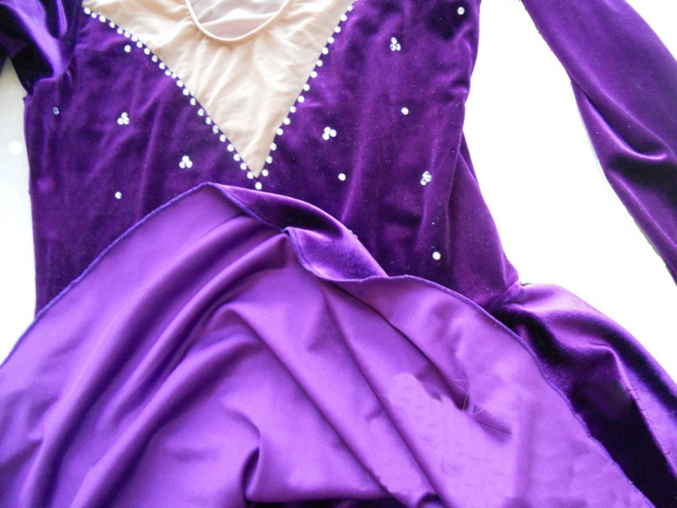 GZHGF Eiskunstlauf-Kleid Für Mädchen Frauen Handgefertigte ...
