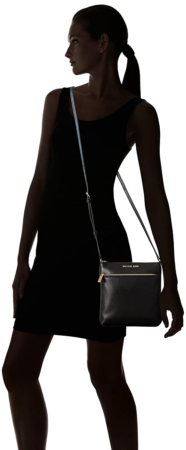 Michael Kors Riley Leather Flat Crossbody Black  Michael Kors   Amazon.co.uk  Clothing 59bdc310bfe7b
