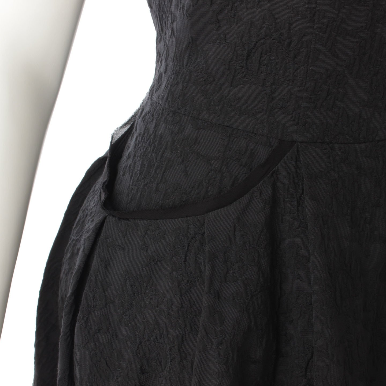 d2e11782a0140 Amazon.co.jp: フォクシー 17年 デイジーリン ワッフルレディ ドレス ワンピース 06011 ブラック  服&ファッション小物