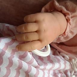 Amazon.es: Muñecas Guca- MUÑECA Reborn Abril 46 CM con Blusa Rosa ...
