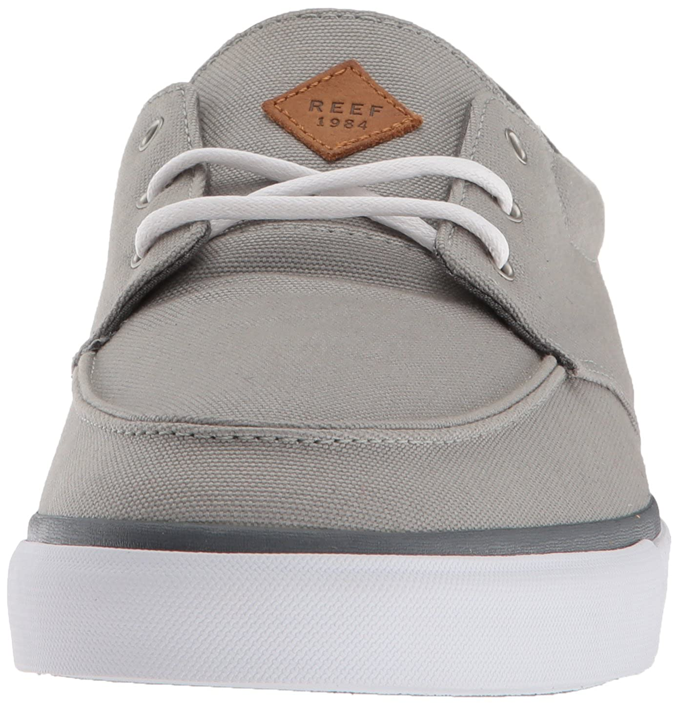 Amazon.com  Reef Men s Deckhand 3 Sneaker  Shoes 84745893a37