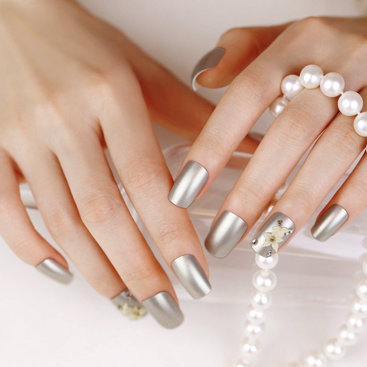ARTPLUS 24pcs Pearl plateado con cristales 3d blanco flores uñas postizas manicura francesa Full Cover largo Longitud con pegamento uñas postizas: ...