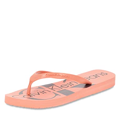 3b167472d4bc Amazon.com  Calvin Klein Women s Paulina Jelly Toe Post Flip Flop Dusk  Pink  Clothing