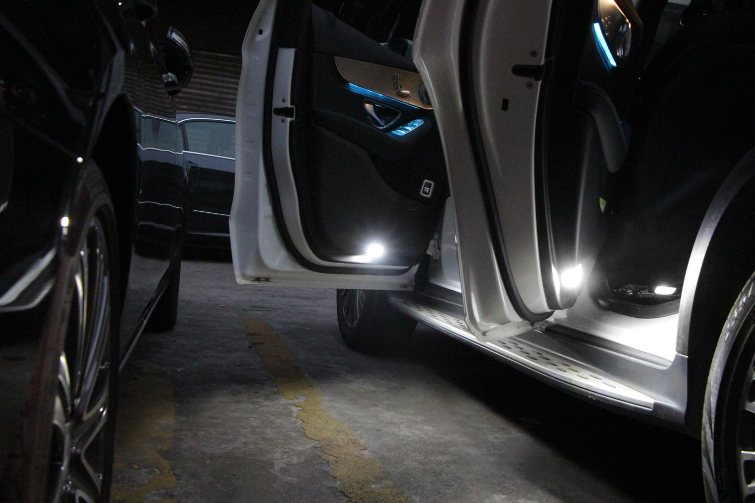 White LED Side Door//Under Seat Courtesy Lights For Mercedes C CLK SLK GLA Class iJDMTOY 2 Great as OEM Replacement Powered by 18 Pieces of 3W SMD LED Lights