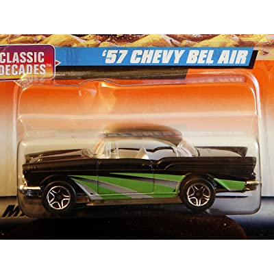 Matchbox by Matel Wheels - Classic Decades - 1957 Chevy Bel Air - Black & Green - 1:66 Scale - Series 5 - #31: Toys & Games