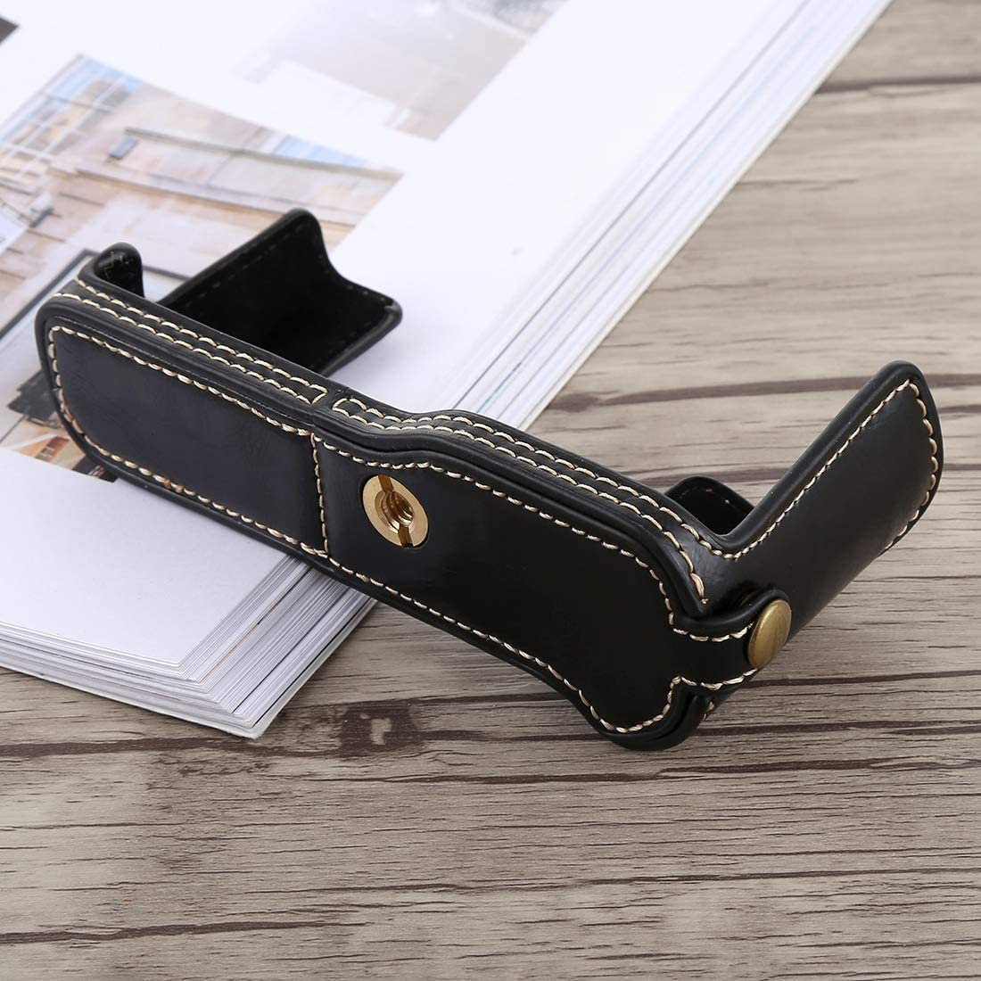 Black YANTAIANJANE Camera Accessories 1//4 inch Thread PU Leather Camera Half Case Base for FUJIFILM X-T10 Color : Coffee X-T20