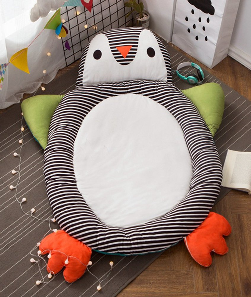 Cute Animal Soft Fenced Play Mat, Extra-Thick Non-Toxic for Kids, Flannel 44 inch Round by HugeHug(penguin)