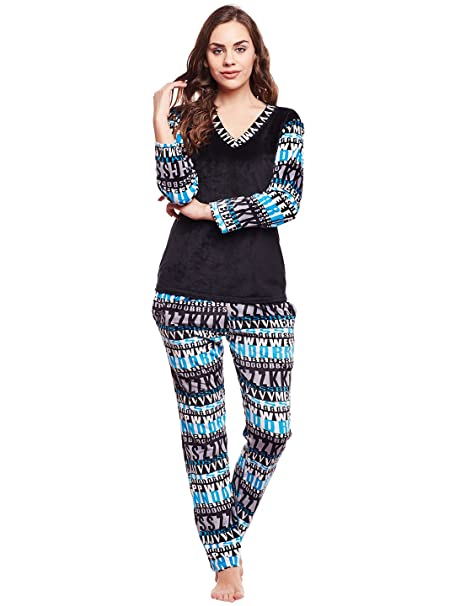 9c762d44d4 Claura Women's Black & Blue Printed Full Sleeves Winter Wear Super Soft  Velvet Top & Pyjama
