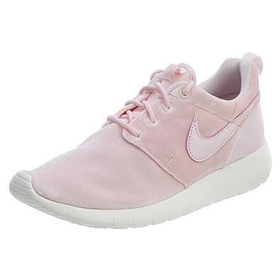 b5df5f5d6b09 Nike Girl s Roshe One Running Shoe