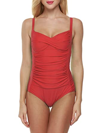 b0e33c813da75 Amazon.com  Goldenfox Womens Ruching Front Swimwear Inspired Vintage One  Piece Monokinis Swimsuit XS-XL  Clothing