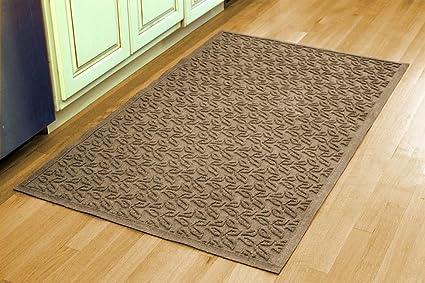 Bungalow Flooring Indoor Outdoor Water Guard Boxwood Leaf Mat