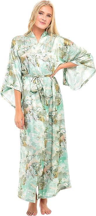 Vintage Nightgowns, Pajamas, Baby Dolls, Robes Alexander Del Rossa Womens Long Satin Kimono Robe $64.99 AT vintagedancer.com