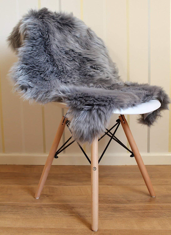 Grau Faux Lammfell Schaffell Teppich 50 x 150 cm Lammfellimitat Flauschigen Teppiche Gem/ütliches Schaffell Bettvorleger Sofa Matte