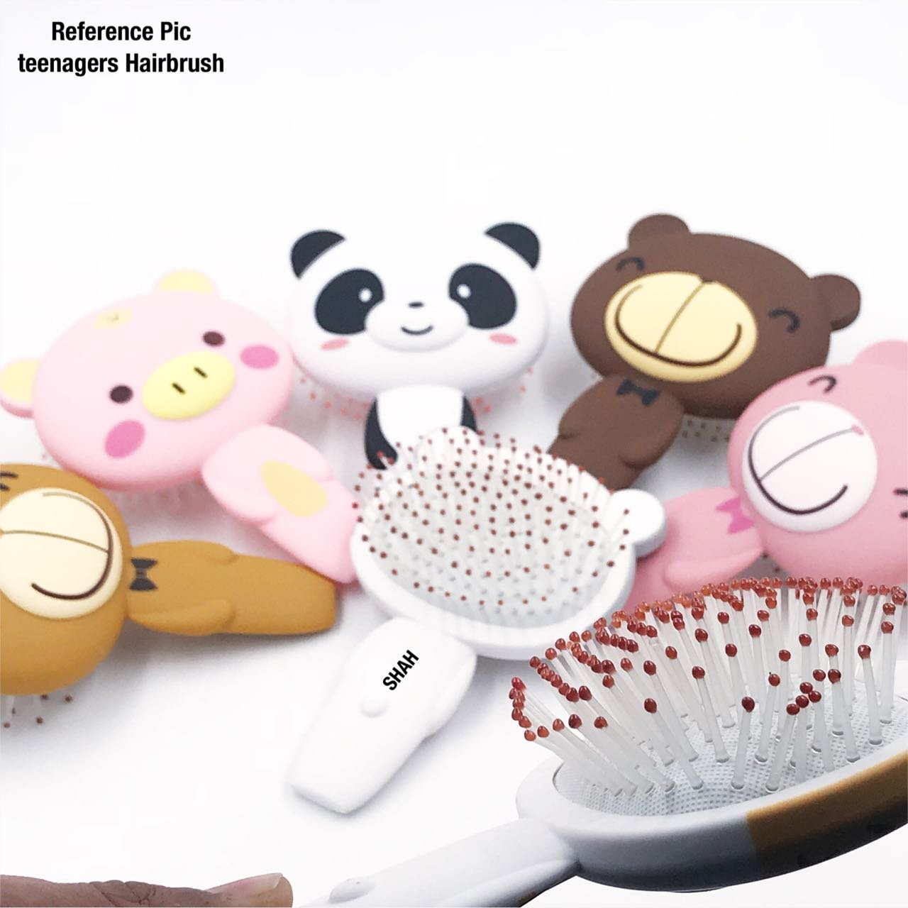 7b792efcc Buy MIMU Shop Silicon 3D Cartoon Teddy Hair Brush/Hair Comb/Cute hair Brush  for kids (1 Pcs) Online at Low Prices in India - Amazon.in