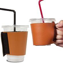 Objectiboo!(オブジェクティブー)通せるカップスリーブ レザー キャメル(保温性・断熱性のある取手付きコーヒースリーブ・コンビニコーヒーカップなどに対応・アイスコーヒーにも使用可)