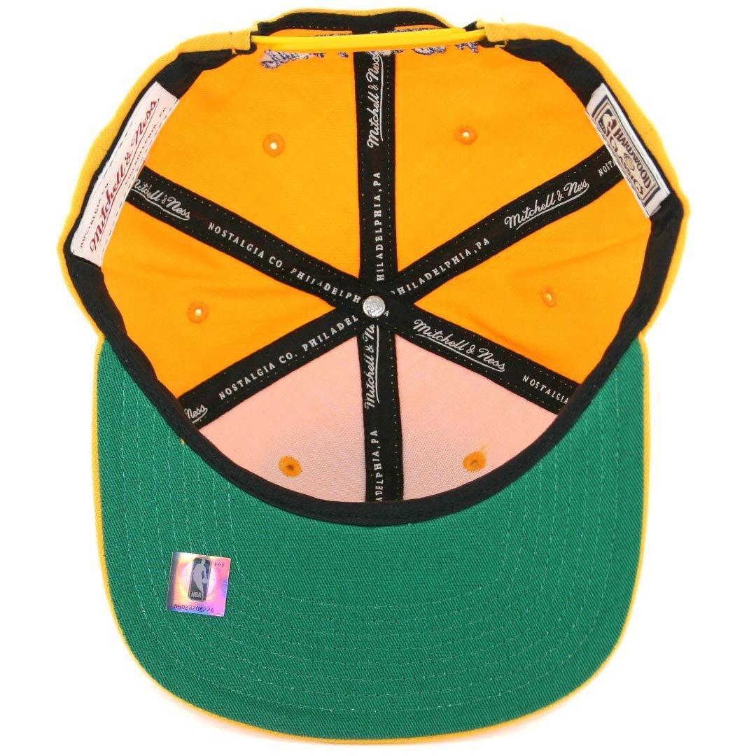 ea0caf3786a Amazon.com   San Francisco Warriors Gold Mitchell   Ness Wool Snapback Hat    Cap   Baseball Caps   Sports   Outdoors