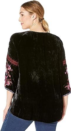 013c923f1e1 Johnny Was Women s Plus Size Marcella Velvet Peasant Blouse Black 1X at  Amazon Women s Clothing store