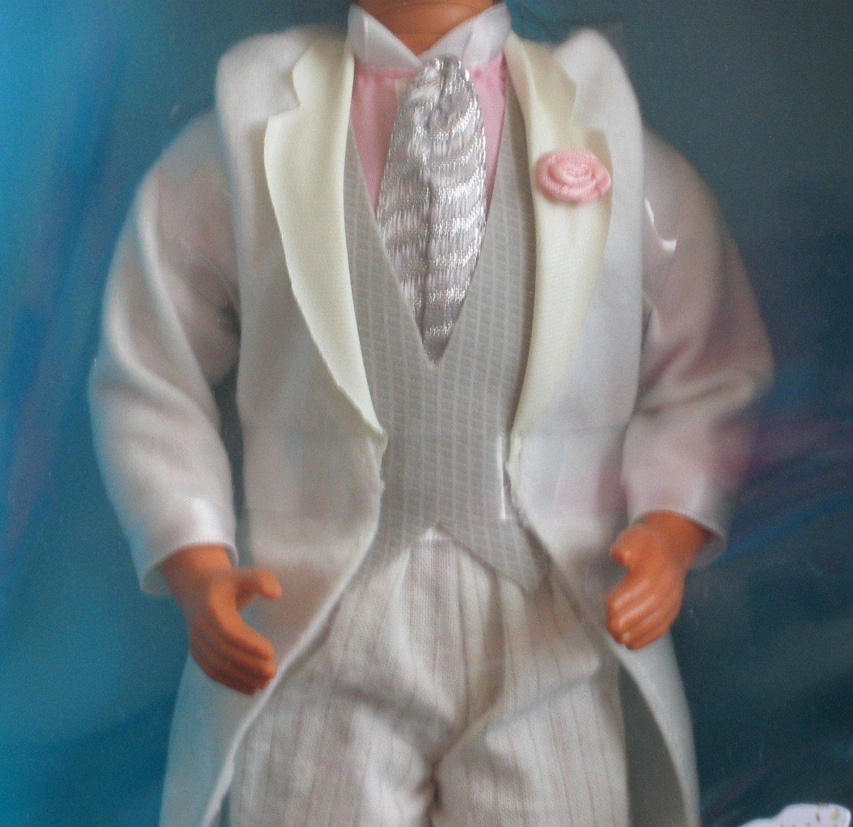 Amazon.com: Barbie Día de boda Alan muñeca (1990): Toys & Games