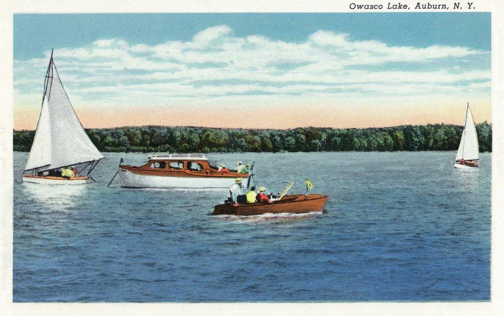 オーバーン、ニューヨーク – View of Sail andモーターのボートOwasco湖 36 x 54 Giclee Print LANT-18634-36x54 36 x 54 Giclee Print  B01MFB5558