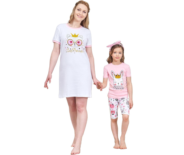 cf6b3fbc0946 Amazon.com  Christmas Family Matching Pajamas Set Santa s Deer ...