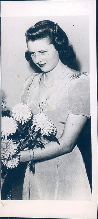 Résultat de recherche d'images pour Lady Caroline Montagu Douglas Scott, la hija del duque de Buccleuch.