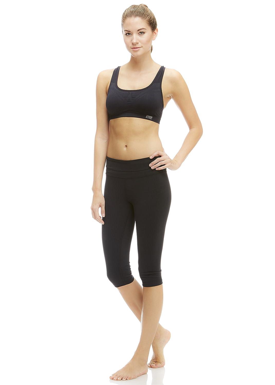 3b75964a06869 Amazon.com  Marika Women s Ava Performance Slim Kicker Capris  Sports    Outdoors