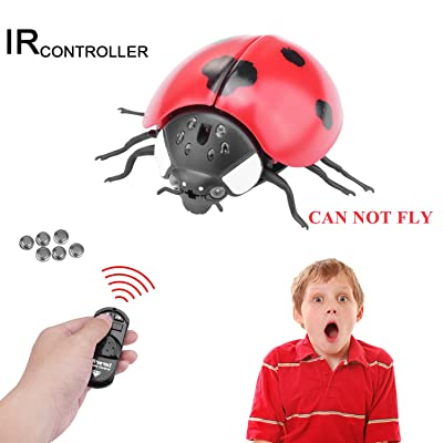 Realistic RC Ladybug Toy, Giveme5 Infrared Remote Control Mock Fake Giant Ladybug RC Novelty Toy Model Prank Insects Joke Scary Trick Bugs for Party Favors (Giant Ladybug-Red) - CAN NOT FLY: Toys & Games