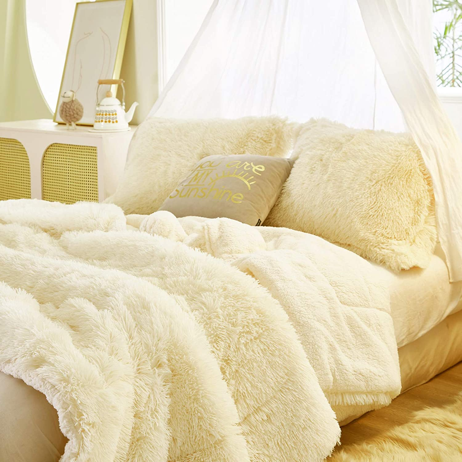 Farmhouse Home Decor Faux Sheekpskin Bedding Weighted Double Sided Fur Ivory Bedroom Accents Cream TWIN Vegan Faux Fur Blanket Comforter