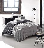EnLora Home Super King Quilt Cover Set, Black/White, 260 x 220 cm, 162ELR51277, 3 Pieces