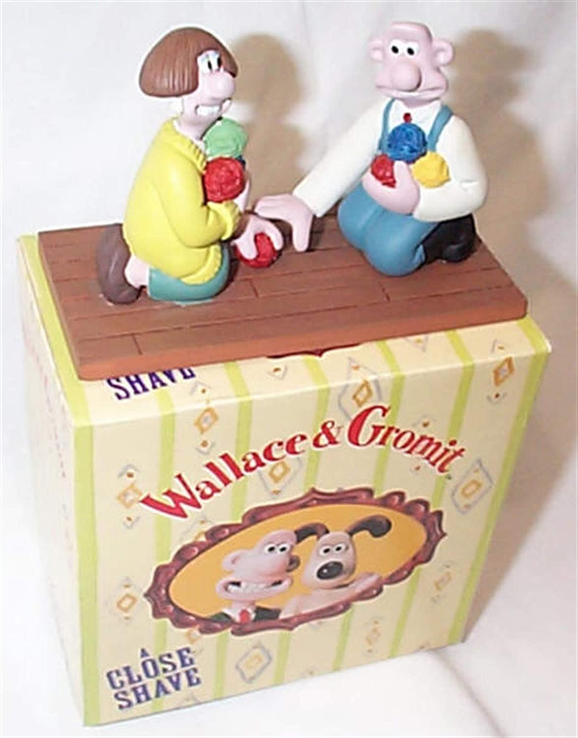 Vivid Imaginations Wallace and Wendolene Statue from A Close Shave hand painted model