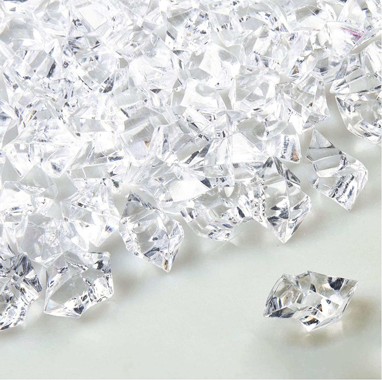 2Krmstr 100Pcs Fake Crystals Ice Rock, Clear Acrylic Gems, Fake Crushed Ice Cubes for Vase Filler Party Table Scatter, Wedding Arts Crafts Home Decoration