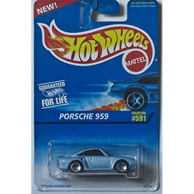 Mattel Hot Wheels 1996 1:64 Scale Light Blue Porsche 959 Die Cast Car Collector #591: Toys & Games