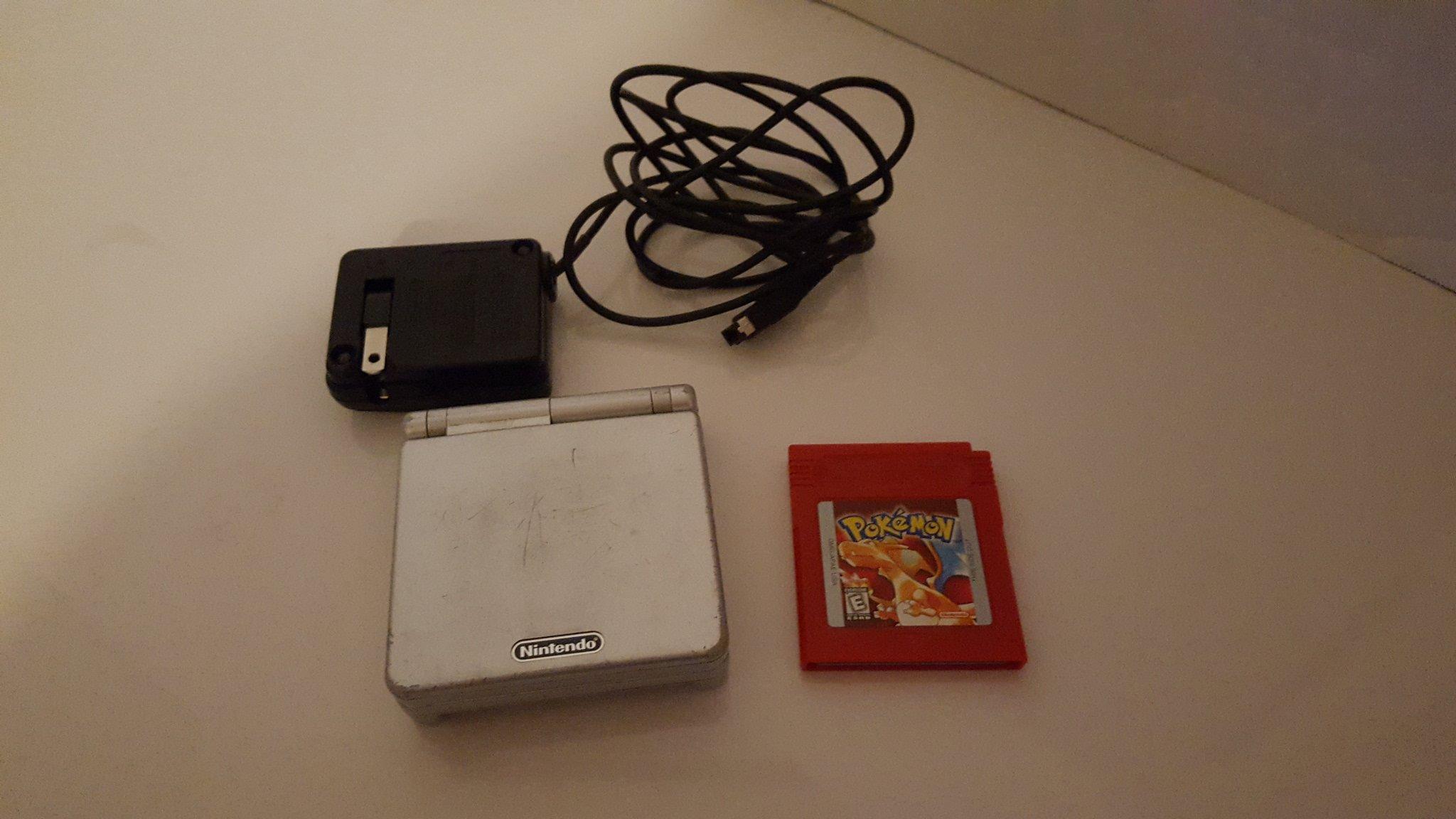 Amazon.com: Gameboy Advance SP- Platinum and games bundle ...