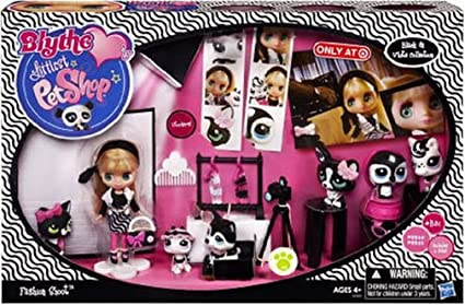 43ae1875dd9f6 Amazon.com  Littlest Pet Shop Blythes Black White Collection ...